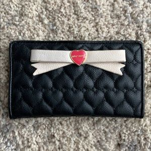 BETSEY JOHNSON | Leather Heart Wallet